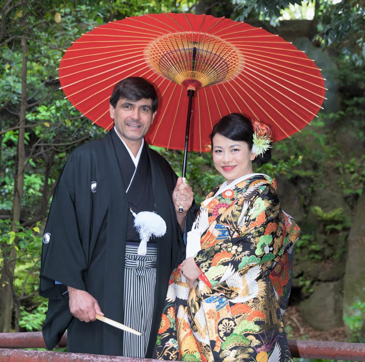 ~海外からの親族も喜ばれて~Pierrick&Aya 赤坂氷川神社